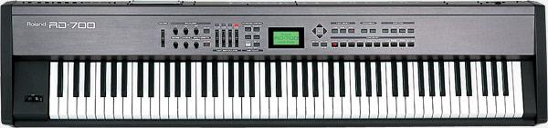 Keyboard: Roland RD700